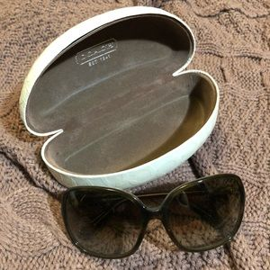 Coach Alexa Sunglasses (Style S8033)